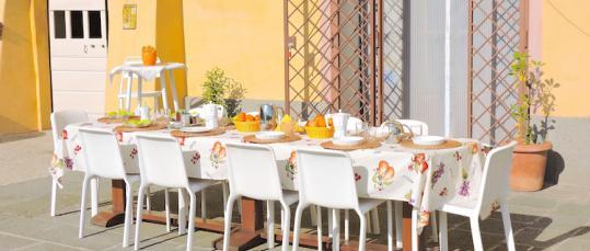 Colazioni all'aperto Casale Fedele B&B Ronciglione Tuscia Lazio Viterbo