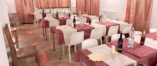 Sala feste per cena di compleanno Casale Fedele B&B