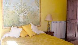 Camera Fiore - Casale fedele B&B, Ronciglione, Viterbo, Lazio